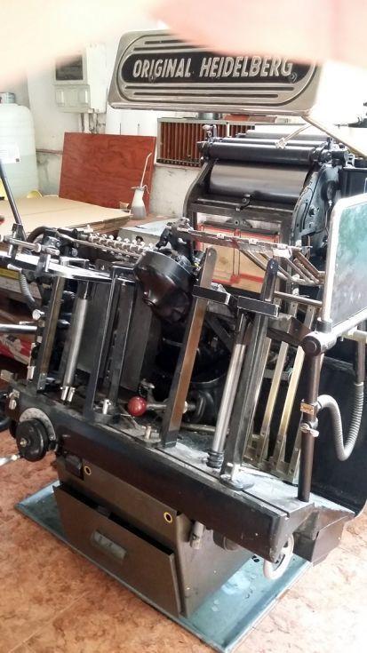 Máquina de Imprimir/Troquelar
