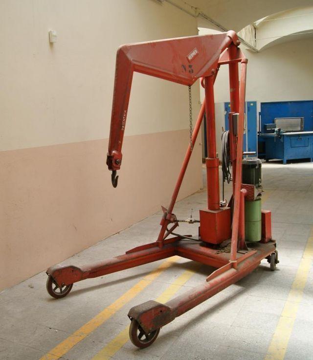 Grúa de taller 2000 kg