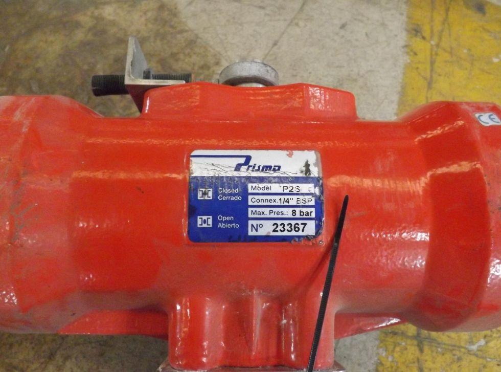Valvula de dos vías con actuador neumático