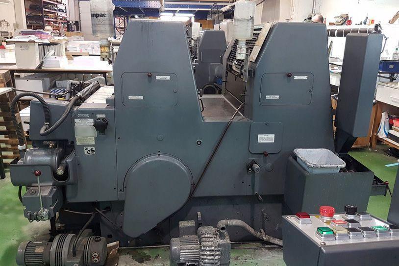 Máquina impresión offset