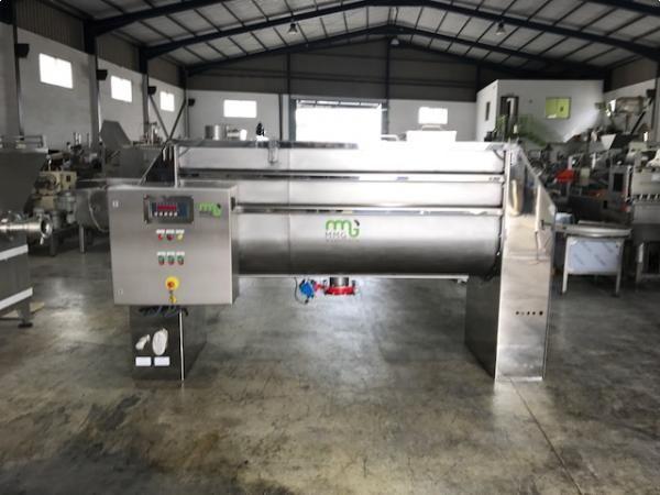 Mezcladora de bandas en acero inoxidable 316 con sistema de cuatro cédulas de carga 1.500 litros