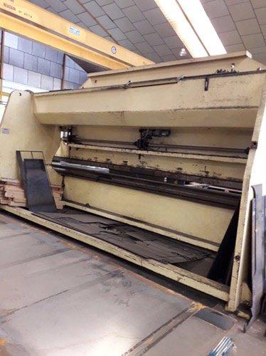 Plegadora hidráulica Loire 6500x250t