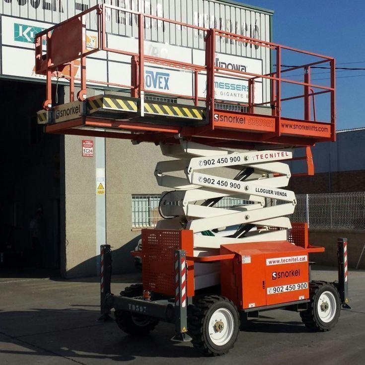 Tijeras Autopropulsadas Todoterreno Diesel 12 mts
