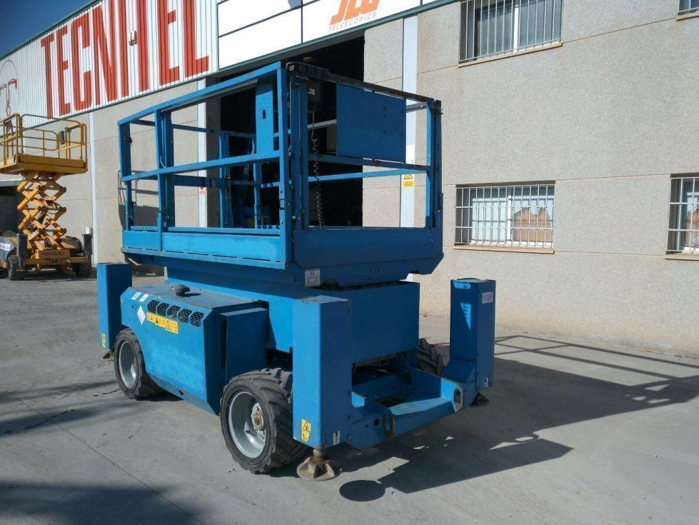 Tijera diesel 12 mts