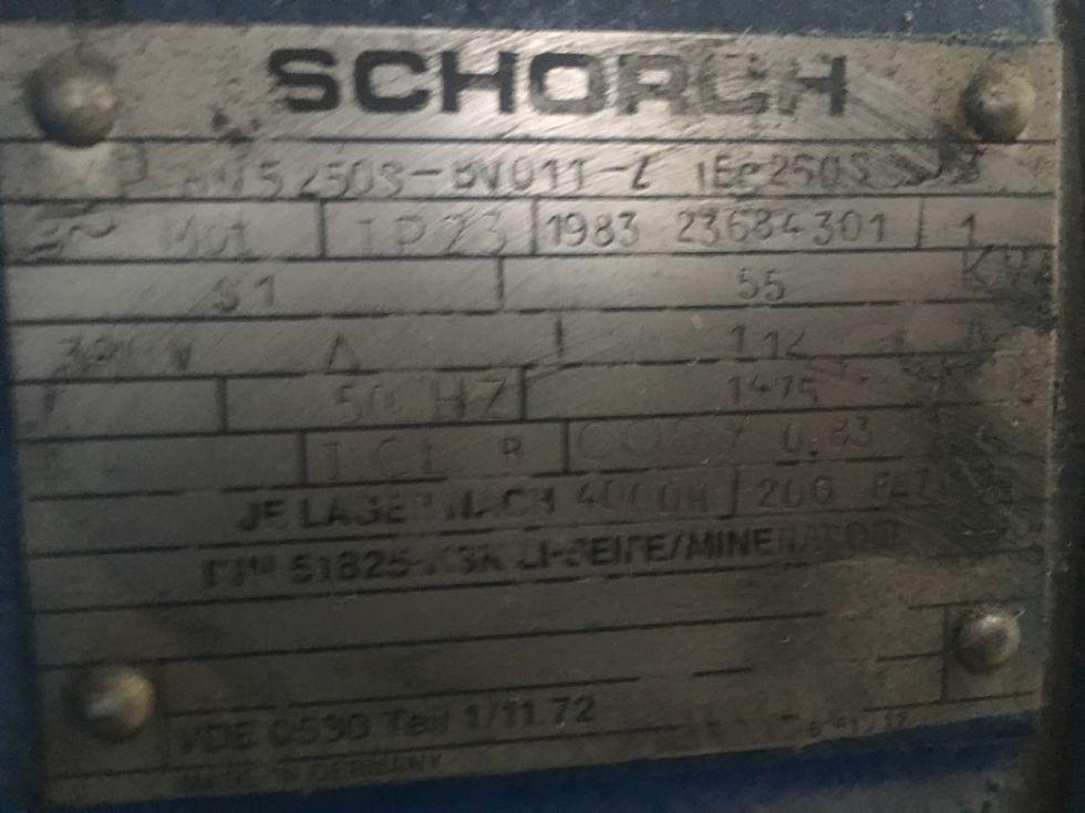 GT-2613 Motor eléctrico de corriente alterna de patas. Marca Schorch, potencia de 55 Kw (75 cv), vol
