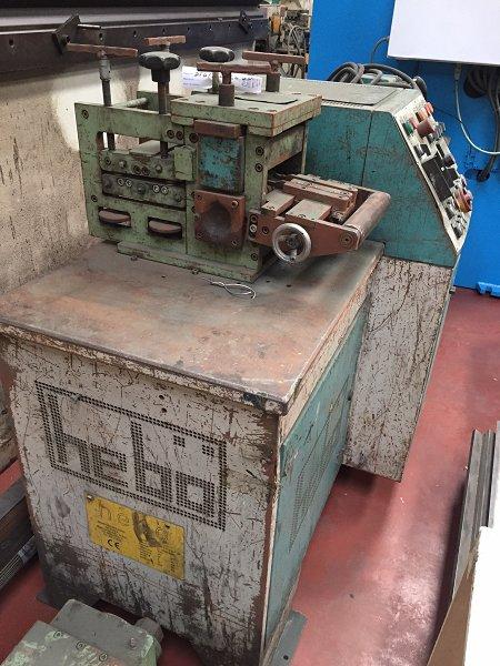 Conformadora de metal para forja artística Hebö STM5