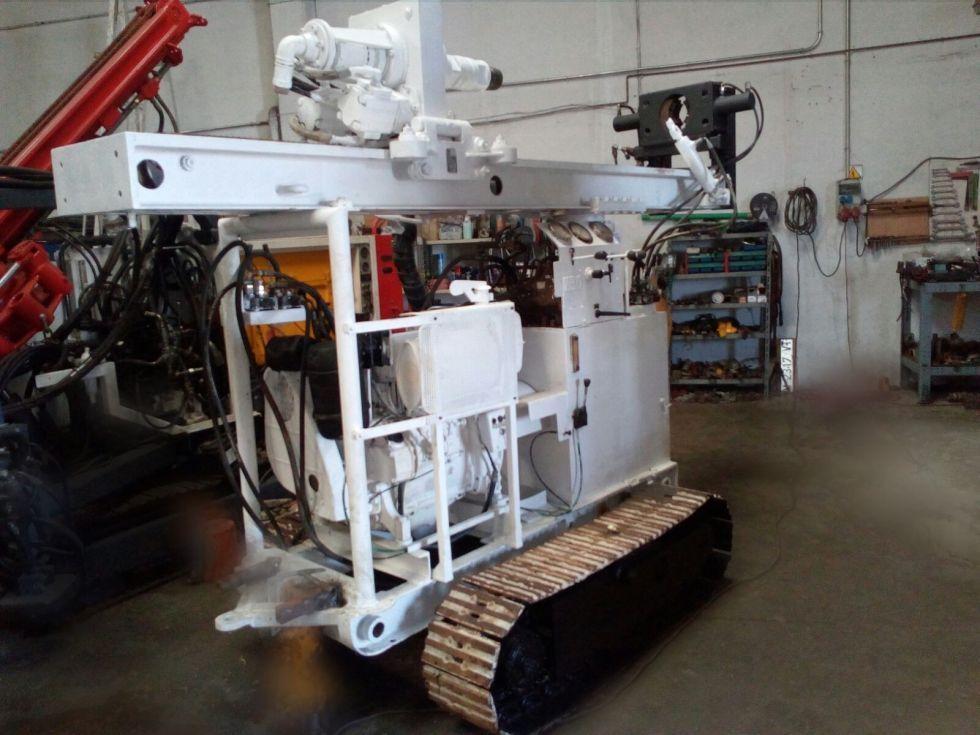 Máquina perforadora