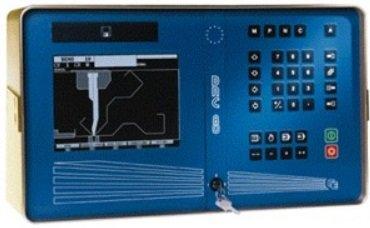 Plegadora electrónica Loire PHSE-250/40/31 de 4100x250t sincronizada a 4 ejes con mesa de compensación wila.