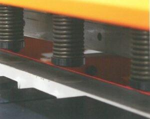 Cizalla hidráulica de corte vertical con regulación de ángulo variable CNC HVR