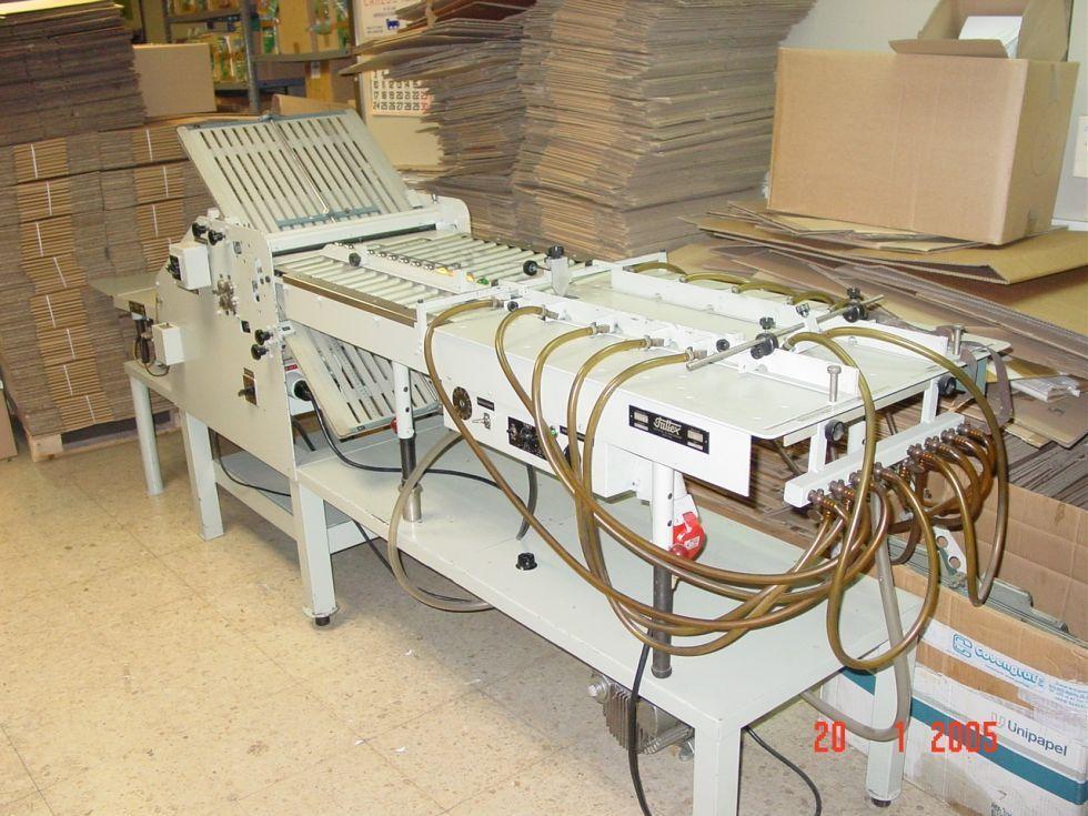 Troqueladora automática especial para etiquetas y plástico