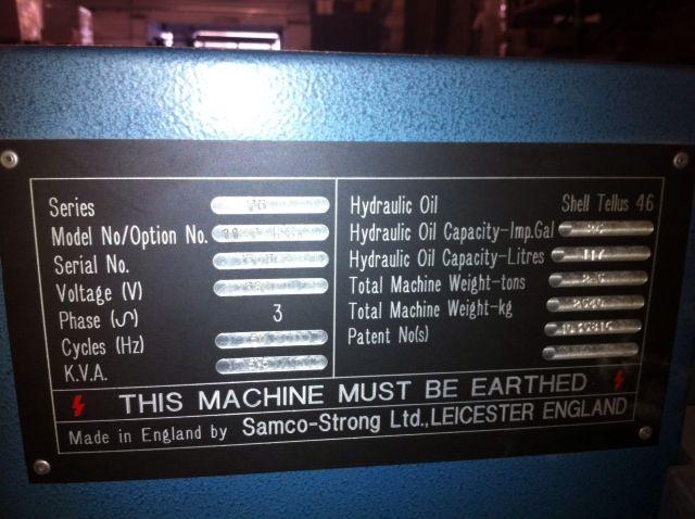 Troqueladora semiautomática para puzzles