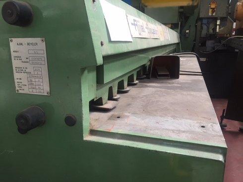 Cizalla mecánica Ajial Beyeler 3,5x3070mm