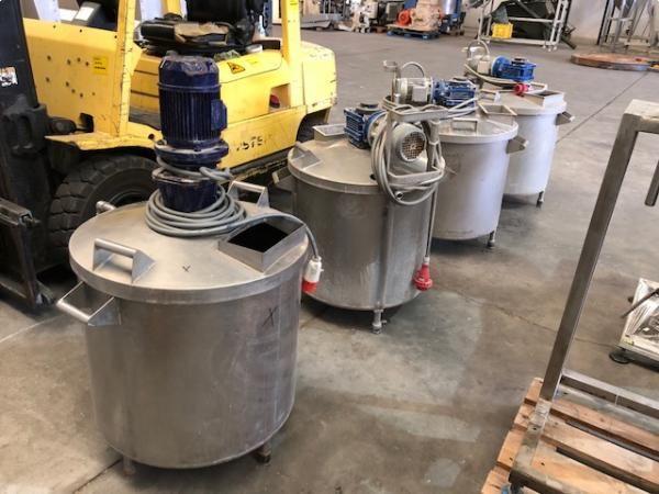 Depositos acero inoxidable con agitador de capacidad 180 litros