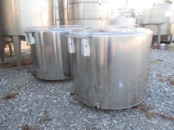Depositos de acero inoxidable isotermos de 2.000 litros