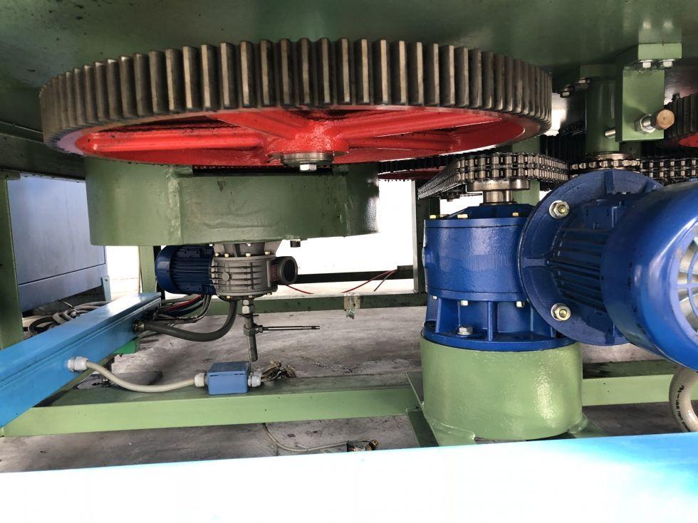 Linea de llenado, cerrado y agrupado 18 pistones MANZINI-COMACO