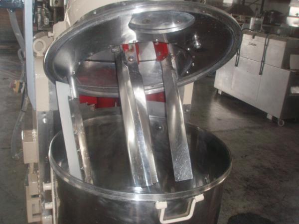 Mezcladora vertical para productos densos 500 kg