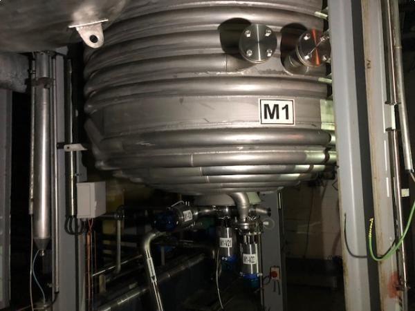 Reactor en acero inoxidable de capacidad 6.000 litros MAIVISA