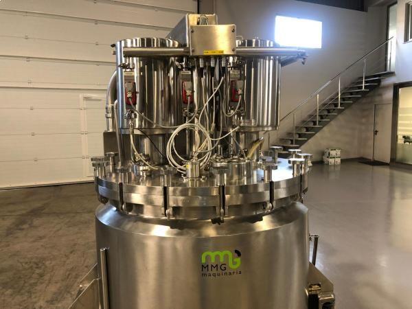 Reactor FRYMA KORUMA en acero inoxidable con capacidad 250 litros