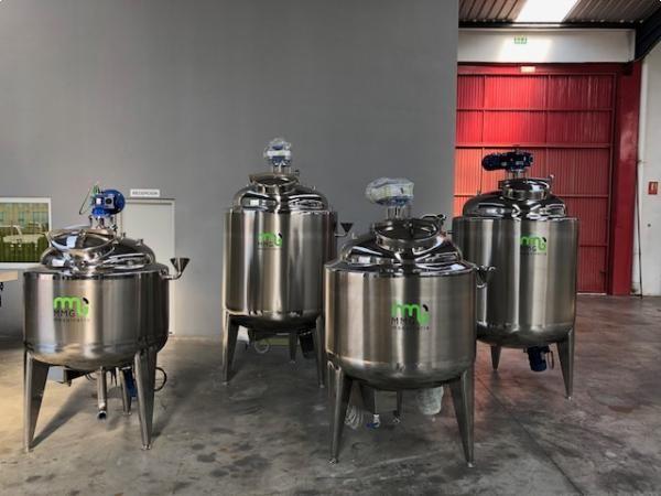 Reactores en acero inoxidable con sistema de agitación y emulsión NUEVOS