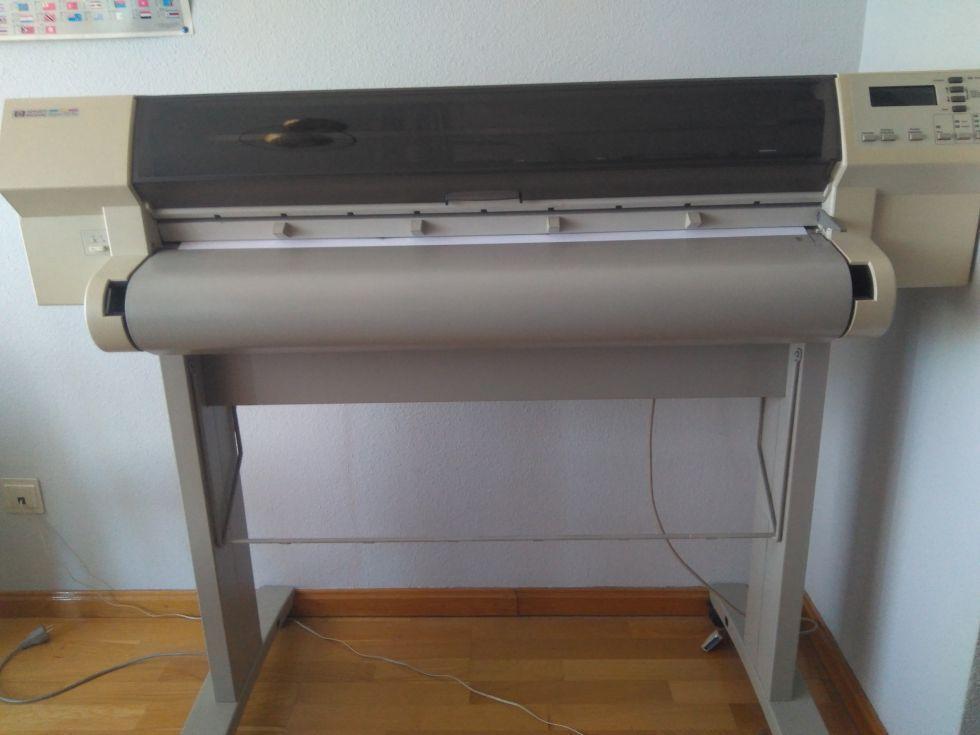 Plotter HP DesignJet 750 c Plus