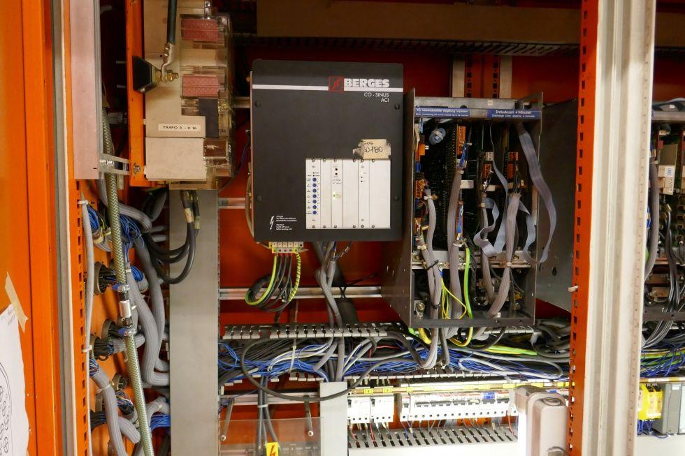 JOBS JOMACH25 Portal X 7000 Y 3300 Z 2000 with 20.000 Rpm 4164 = Mach4metal