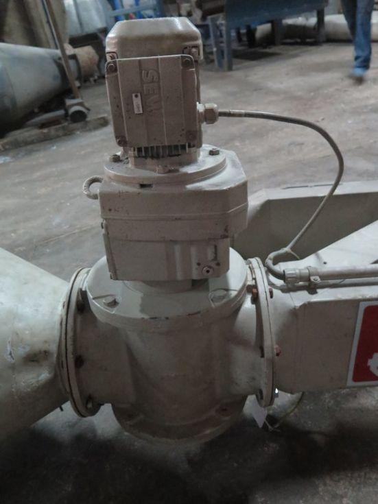 GT-2763 Válvula olecoidal, con motor reductor de 0,55 KW (0,75cv) de 3000 rpm.