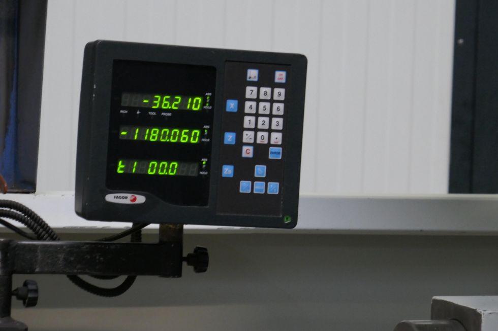 TOS TRENS SN 710 Ø 720 x 2000 mm universal lathe 4178 = Mach4metal