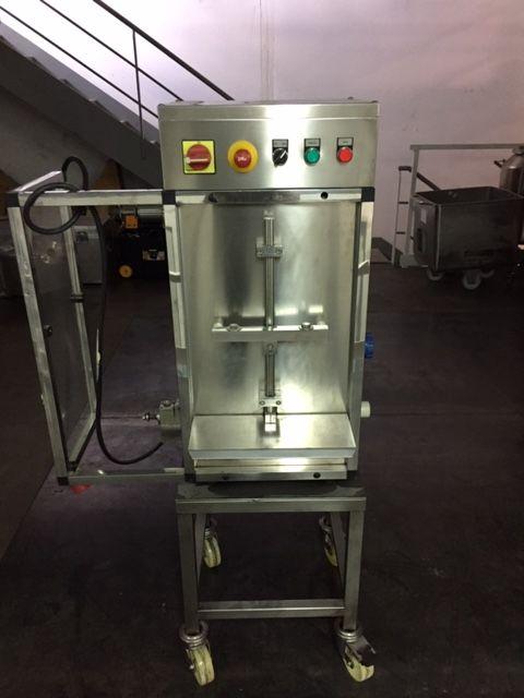 Llenadora manual de sobremesa j.esquerda minidos-1-50 de segunda mano