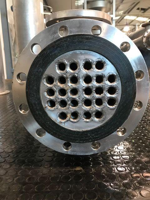 Intercambiador tubular 3 m2 acero inoxidable de segunda mano