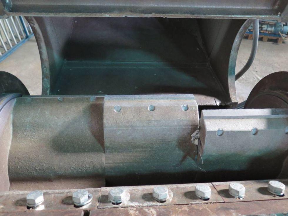 GT-2835 Molino triturador de cuchillas, marca Mateu y Sole, modelo B-25 con cámara de corte de 690 x