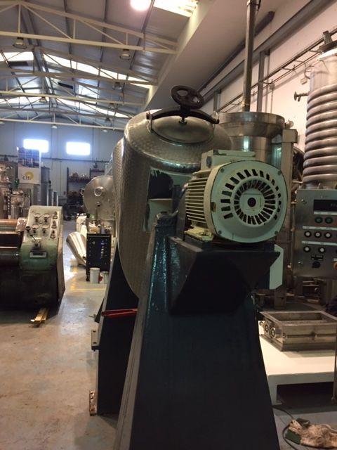 Mezclador en v acero inoxidable 250 litros de segunda mano