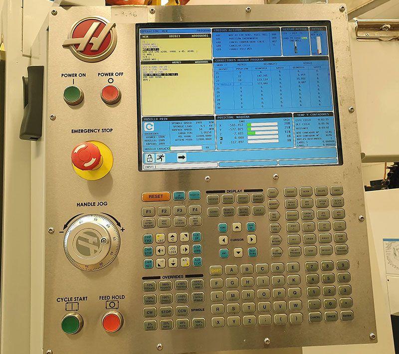 Centro mecanizado 3+2 Ejes