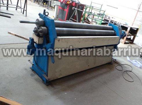 Cilindro hidraulico  marca ALBA hidráulico de 2000 x 3 con  diámetro de rodillos 140mm.Rodillos templados y preparado para tronco de conos. Ejes alargados con rulinas.