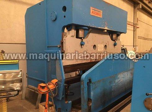 Plegadora Axial de barra de torsion de 3000 x 300 Tn.