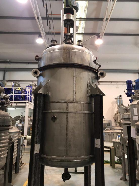 Reactor 2.500 litros acero inoxidable con camisa y agitacion
