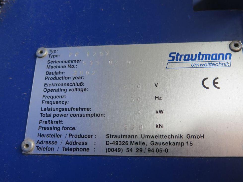 GT-2856 Prensa hidráulica de hacer balas, marca STRAUTMANN, modelo PP 1207. Balas de 1,20 X 0,90 X 0