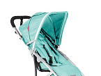 Emotion, de Babyhome tiene una estructura ligera y maniobrable. Cuenta con respaldo reclinable y un amplio reposapiés y cesta portaobjetos.