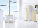 Ambiente Evolutive Champagne, de Alondra, es un conjunto con cuna convertible en cama infantil y en escritorio. Dispone de una amplia gama de módulos que permiten crear desde un armario hasta un chifonier.