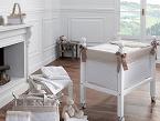 Confecciones Uzturre presenta su colección P4 Pimus sobre muselina blanca, que se combina con piqué nido de abeja al tono disponible en azul, rosa, gris y piedra.