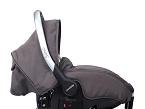 (Casualplay) es una silla auto del grupo 0+ (de 0 a 13 kg.) reclinable que permite llevar al bebé estirado o recostado. Se puede utilizar en el coche o como cuco.