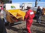 Trituradora de ramas y residuos vegetales Saelen modelo MV Cobra durante encuentro de distribuidores