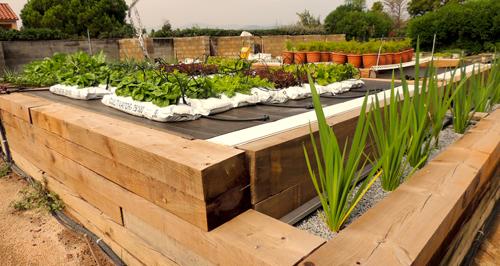 Jardines verticales de bajo consumo de agua jardineria for Drenaje de jardin