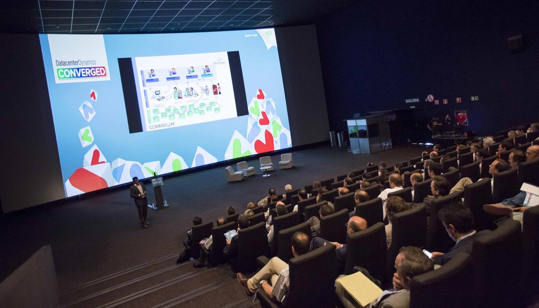 Comienza la 8 edici n de dcd converged madrid 2015 en for Sala 8 kinepolis