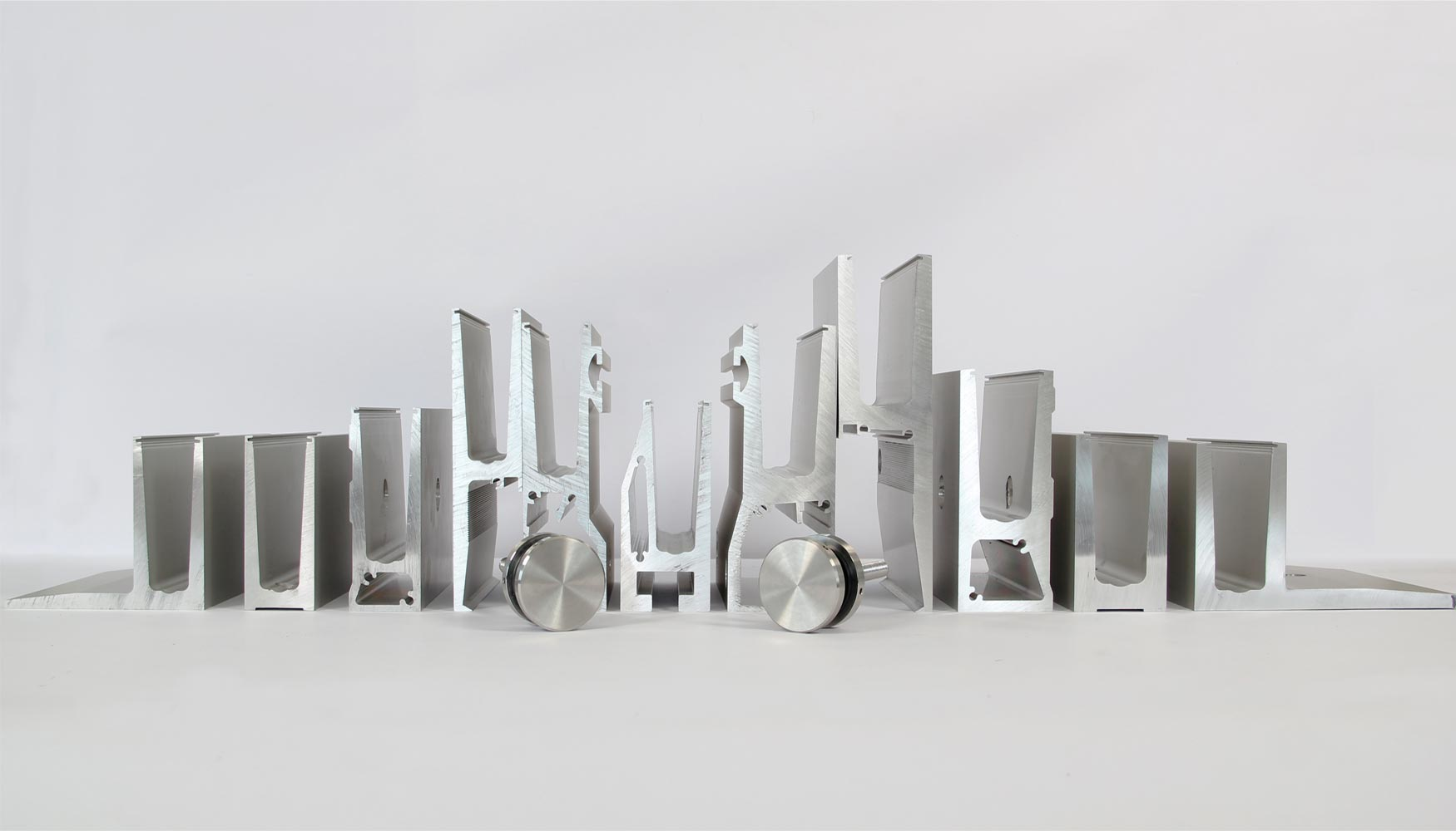 alu system presenta sus novedades - vidrio plano - Perfiles De Aluminio Para Puertas De Bano