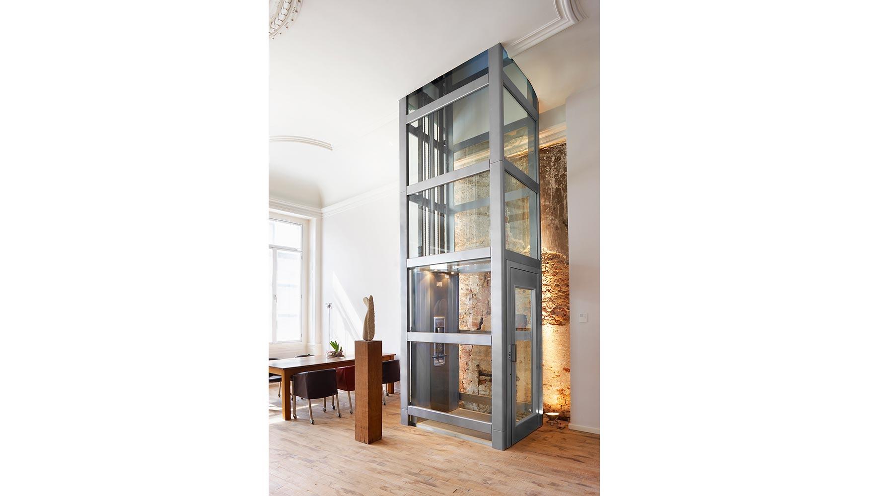 Los elevadores verticales de thyssenkrupp encasa un - Ascensores para viviendas unifamiliares ...