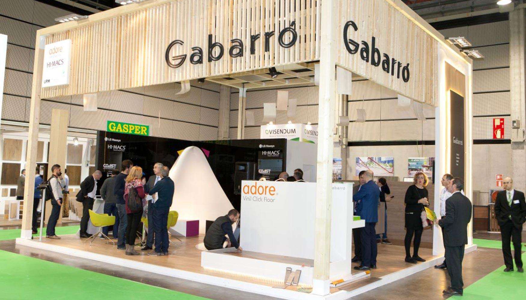 Gabarr Sorprende En Maderalia Con Los Tableros Flexibles De Upm  # Muebles Gabarro