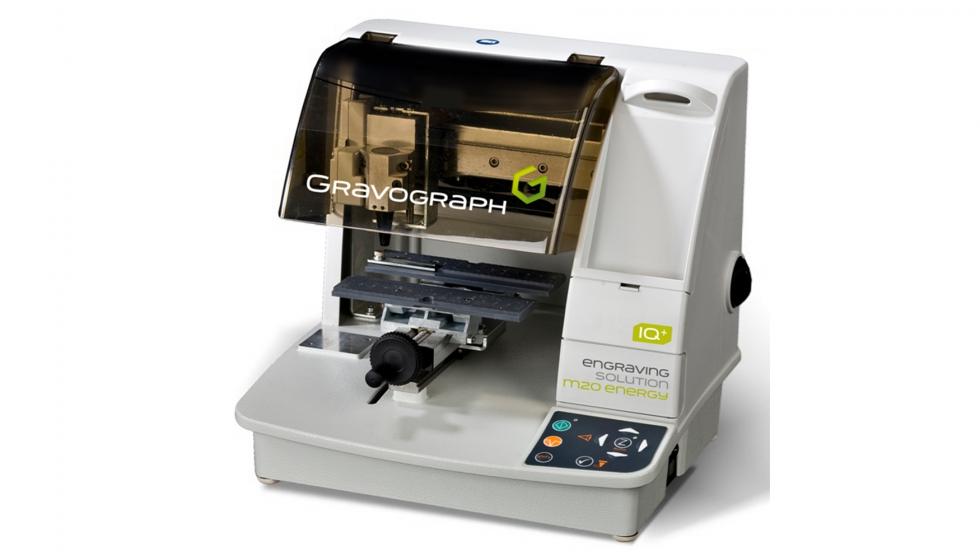 ff4e4dc04caf Gravograph lanza la máquina de grabado M20 Energy - Industria Gráfica