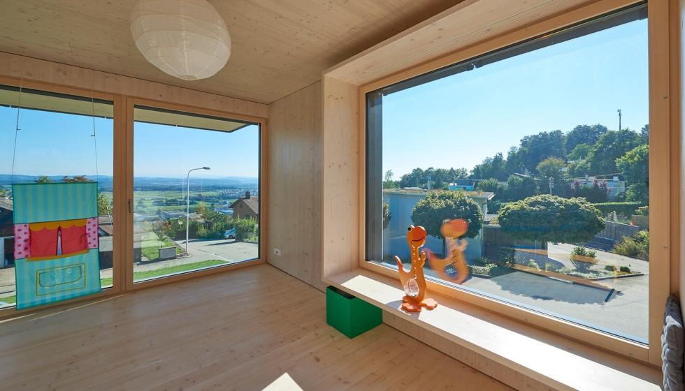 Casa de madera y vidrio con vista sobre los Alpes - Vidrio plano