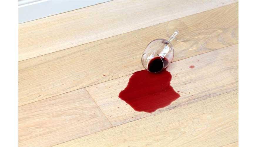Como limpiar la madera del suelo cheap productos - Como limpiar suelo porcelanico imitacion madera ...