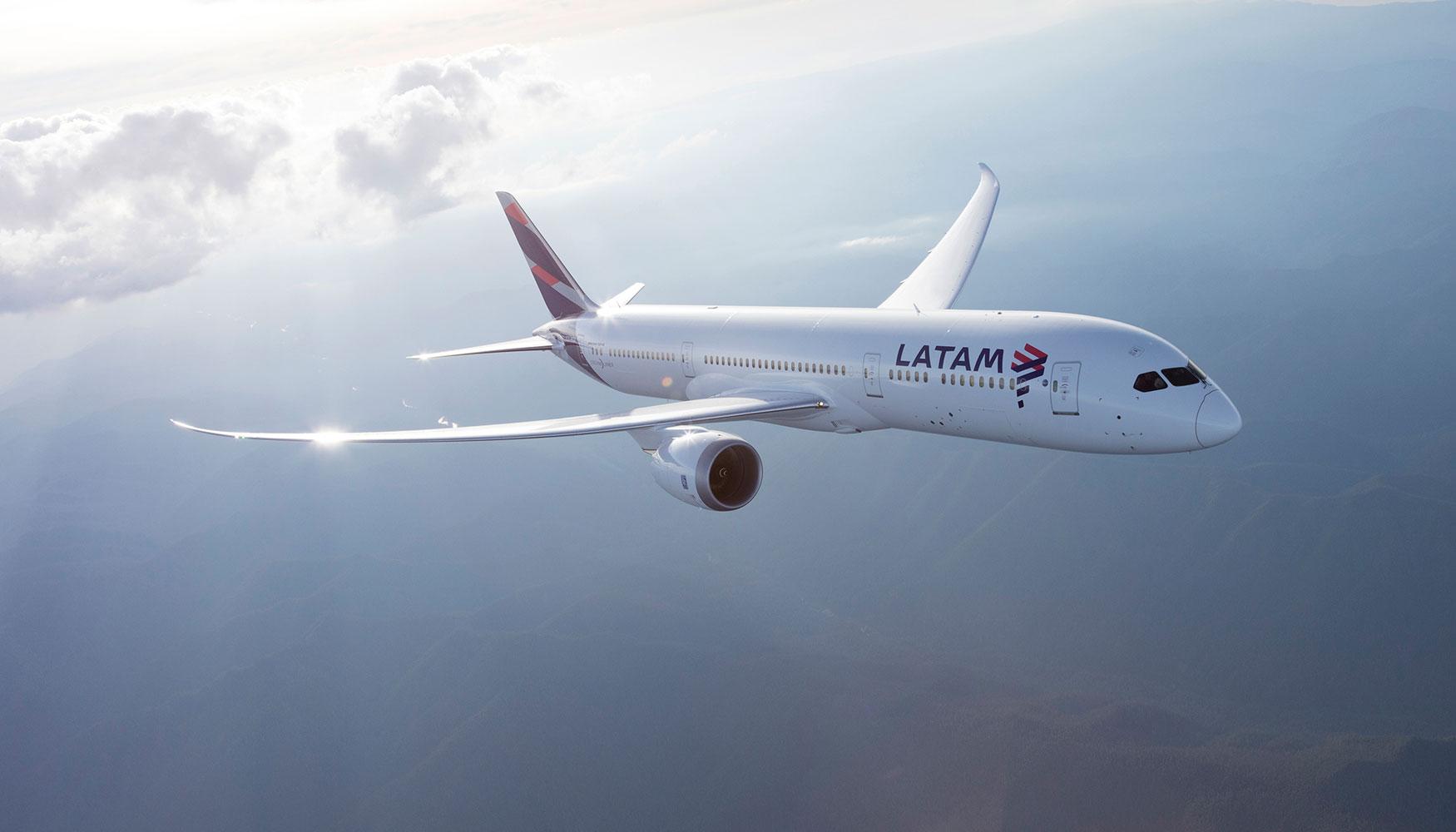 Resultado de imagen para latam airlines